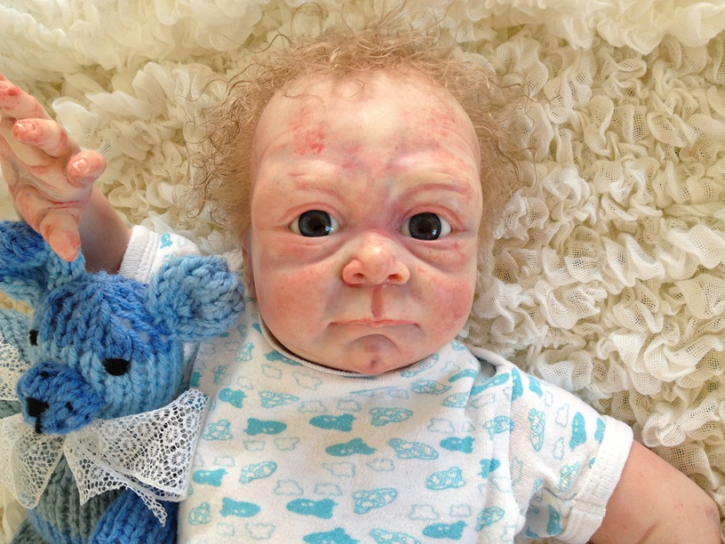 süße babys mit blauen augen